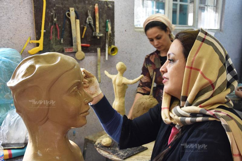 هنرجویان رشته مجسمه سازی